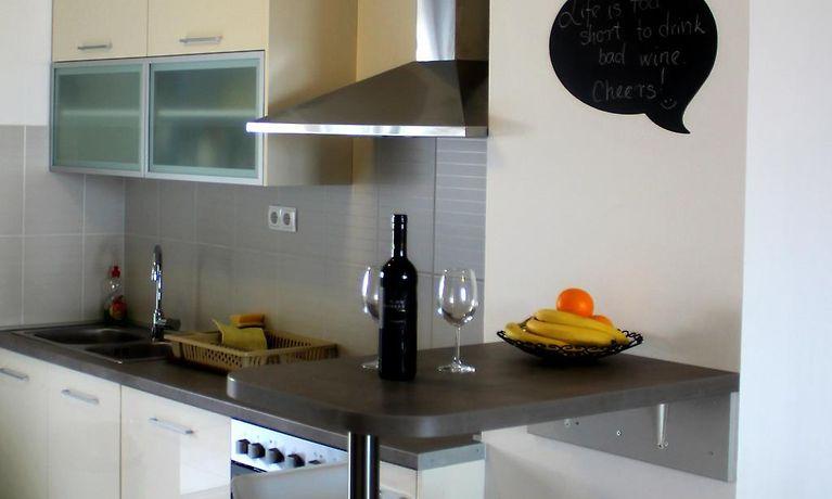 Kühlschrank Xxxl : Apartment xxxl makarska makarska